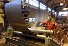 Linde Metallteknik AB - Rundvalsmaskin