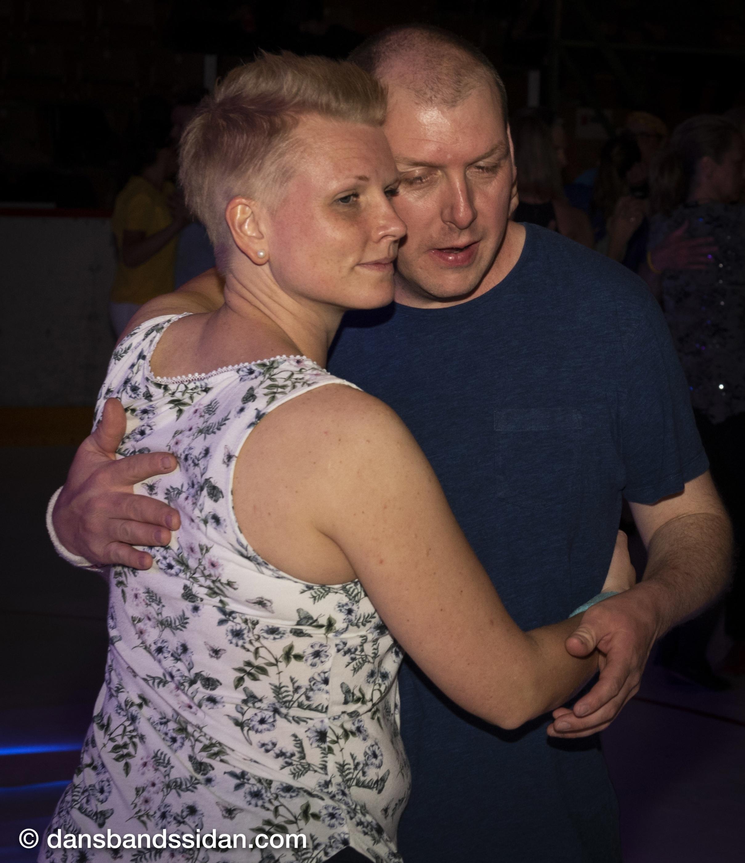 Dansa med stjärnorna 2014 Cast dating