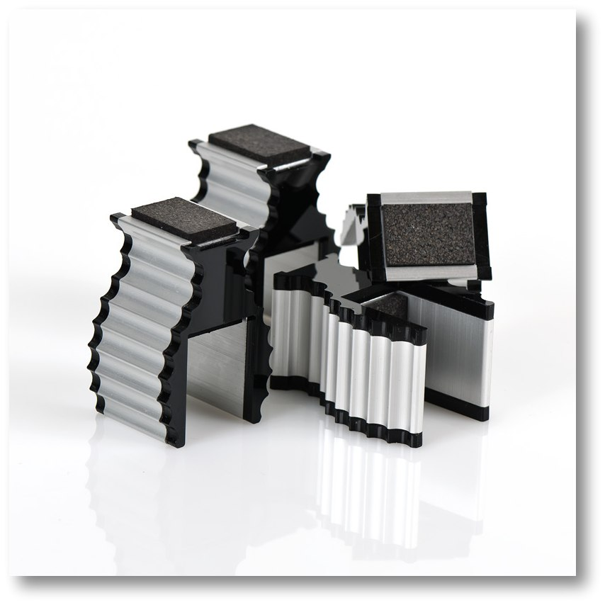Apparatus-Supports Black Trim 4/pack