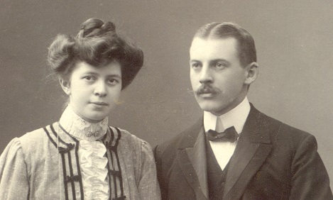 Anna & Viktor - Förlovning 1905?