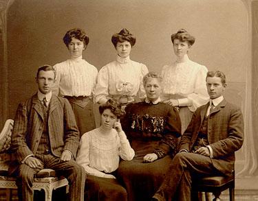 Familjen Åkerblad