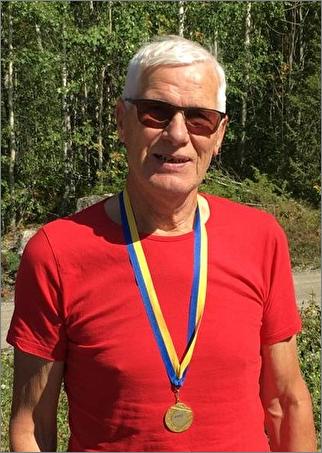 Kjell Mjöberg, Hallstahammars OK, Mästare i klassen H75 sprint och medel.