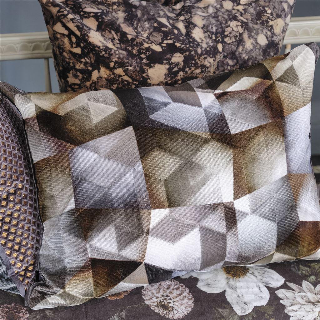 Designers Guild Kudde Maurier Graphite Cushion 60 x 45cm CCDG0953