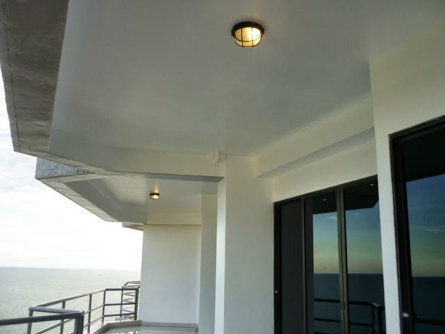 Lampor på balkongen