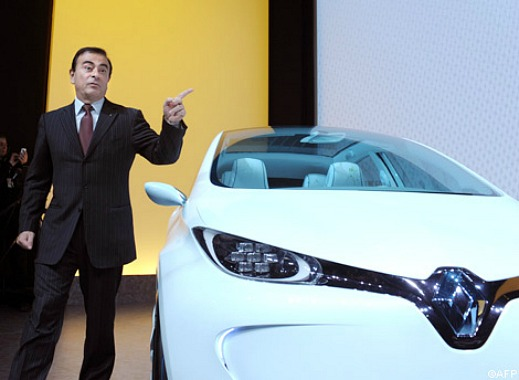 Carlos Ghosn pekar ut målet
