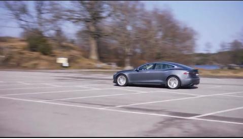 M3 testar Tesla model S