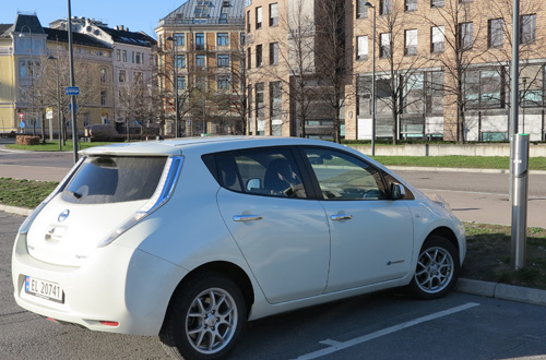 Nissan LEAF mest sålda elbil i Europa under Q1 2014