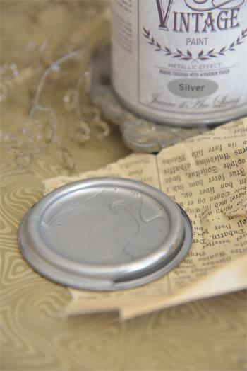 vintage paint silver metall