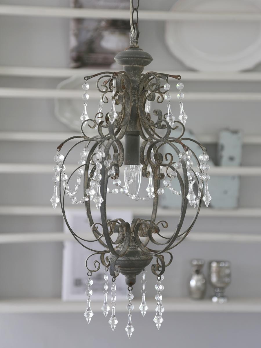 chic lampkrona grå antik