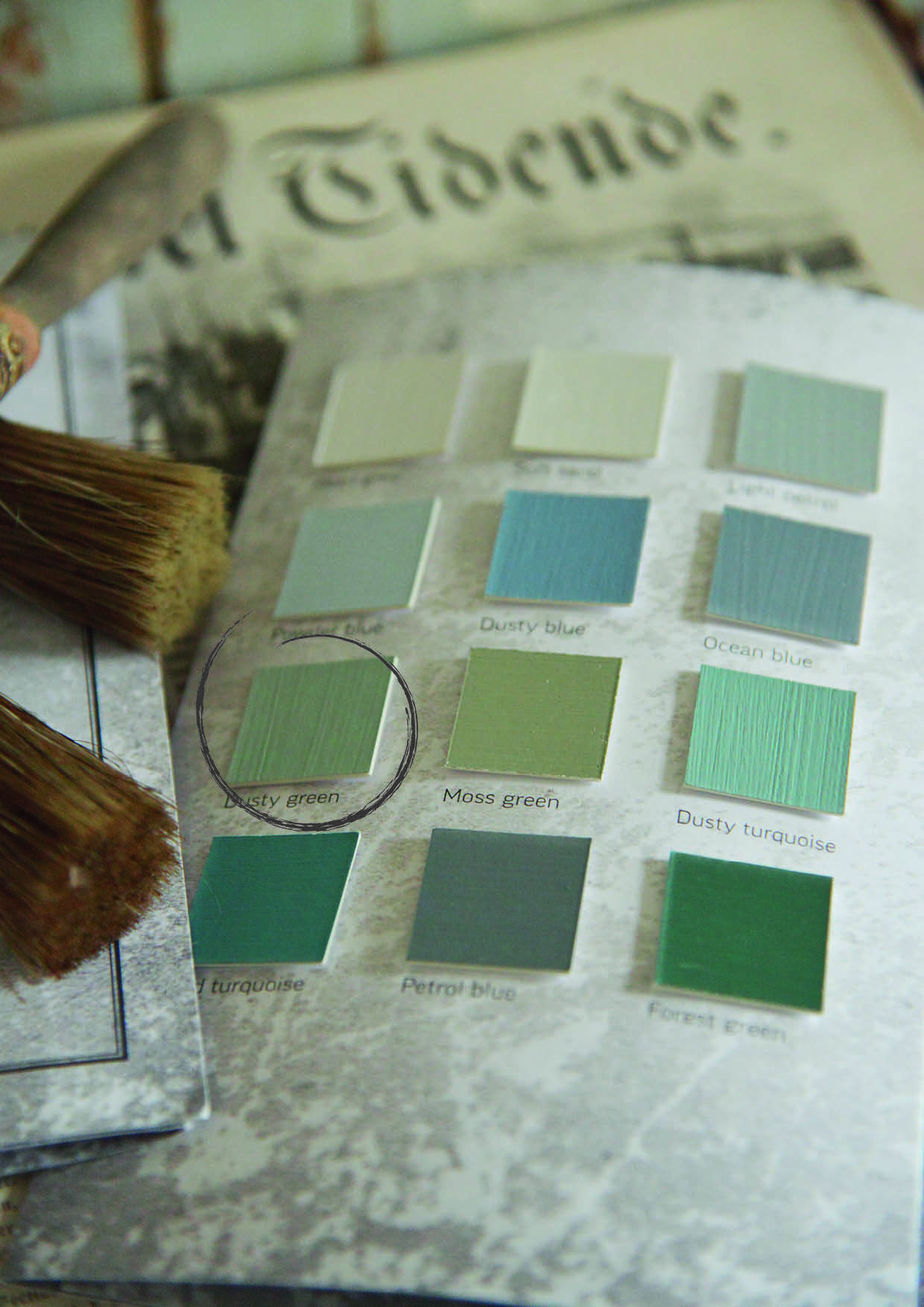 vintage paint dusty green 1