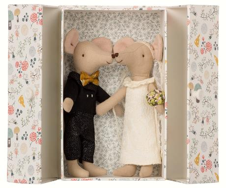 maileg wedding mouse couple