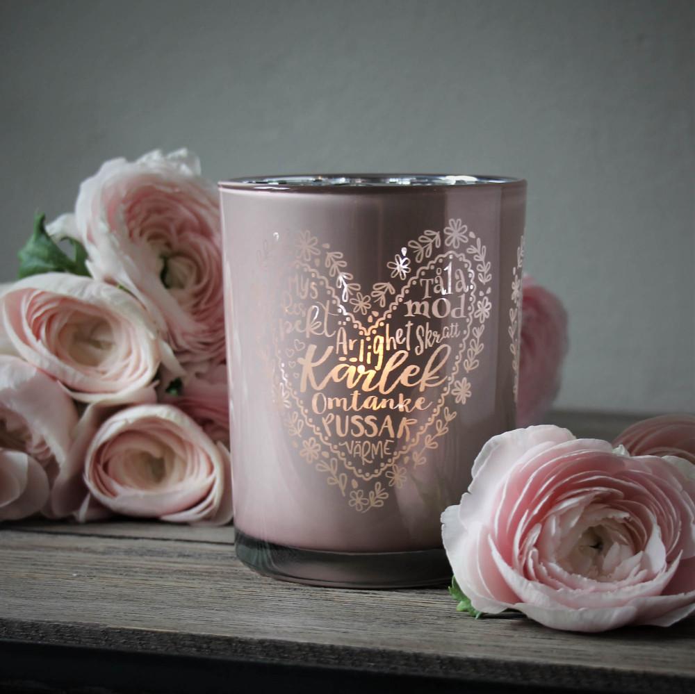maja kärlek rosa