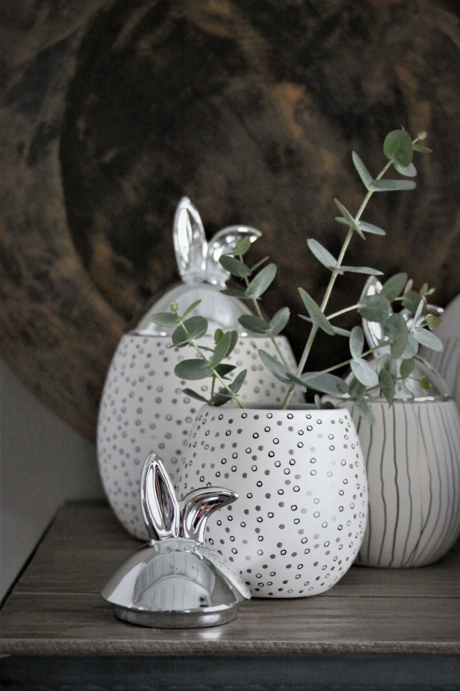 maja kaninburk vit silver liten 1