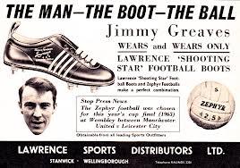 För femtio år sedan såg fotbollsskorna lite annorlunda ut än de gör idag