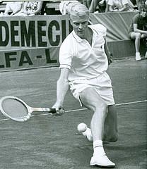 Jan-Erik Lundqvist trivdes aldrig riktigt på Wimbledons gräsbanor.