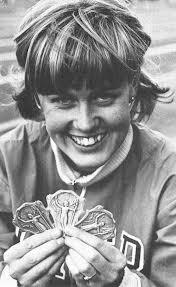 En glad Ulla-Britt Wieslander