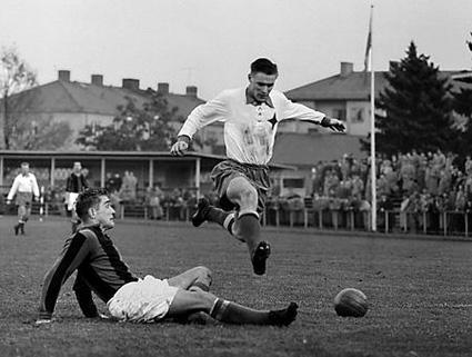 Harry Bild i IFK Norrköpings dress blev Guldbollvinnare 1963