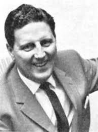 Lennart Nyman, vår förste förbundskapten - och en av de mest omstridda. landslagsledare vi haft. När han fick uppdraget av Svenska Fotbollförbundet  var det ett hedersuppdrag, dvs jobba gratis och ta bruk av (obefintliga) lediga kvällar. Under åren 1961 - 1965 var han ansvarig för landslaget, sedan vände han hem till Elvan (hans fru, men namnet hade inte med fotboll att göra - hon var nummer elva i en stor syskonskara)