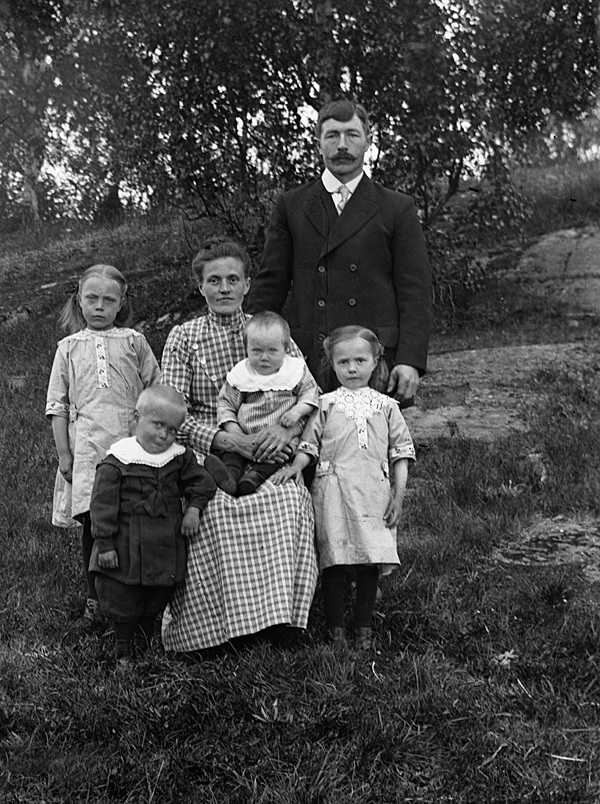 Agnes, Evald, Emma, Evert, Bernhard, Signe