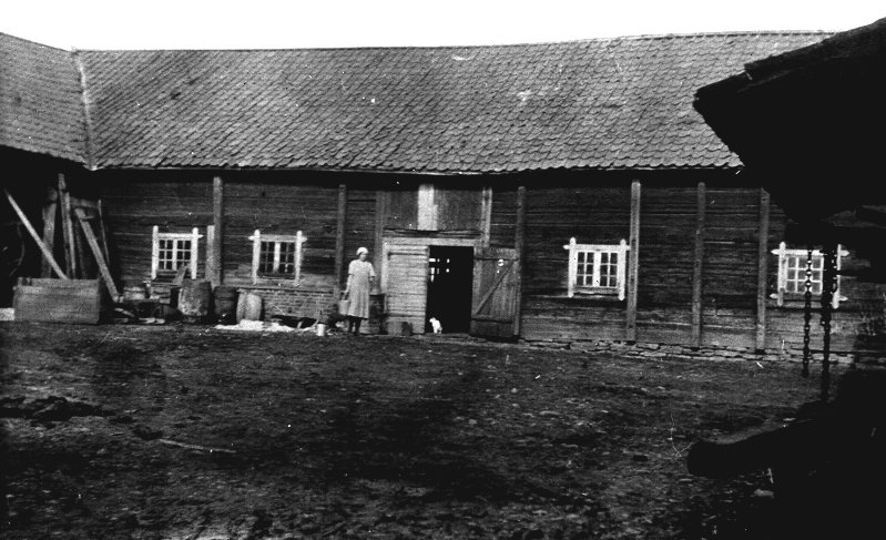 Sveningsgårdens ladugård strax norr om Skyttesledet.